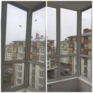 Миття вікон на балконі